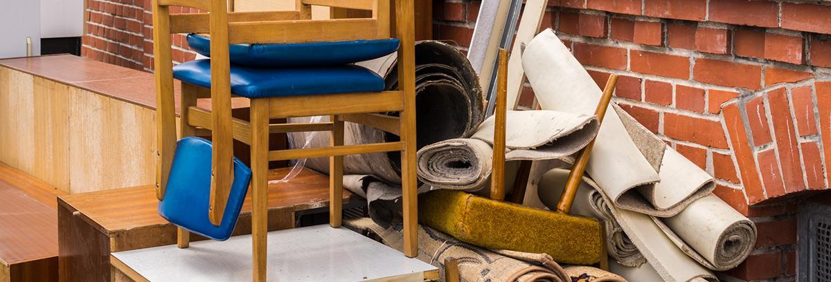 Wir entsorgen Ihre Möbelstücke umweltgerecht.